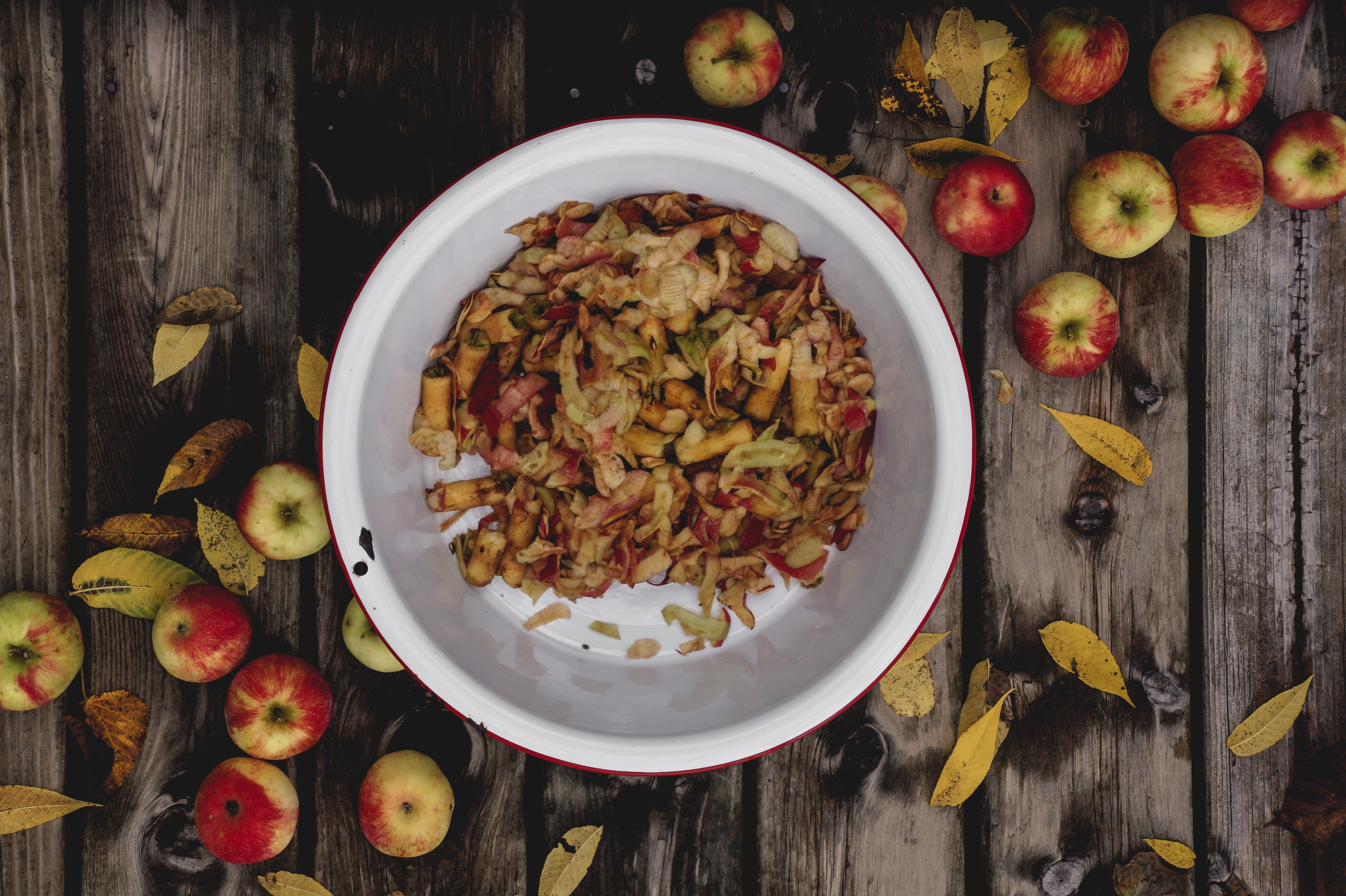 What can you make with apple peels, ways to use leftover apple peels, apple peel recipes, better than apple chips recipes, apple chips recipes, apple peel chips, apple peel panna cotta, apple recipes, easy apple dessert recipes, gluten free apple dessert recipes
