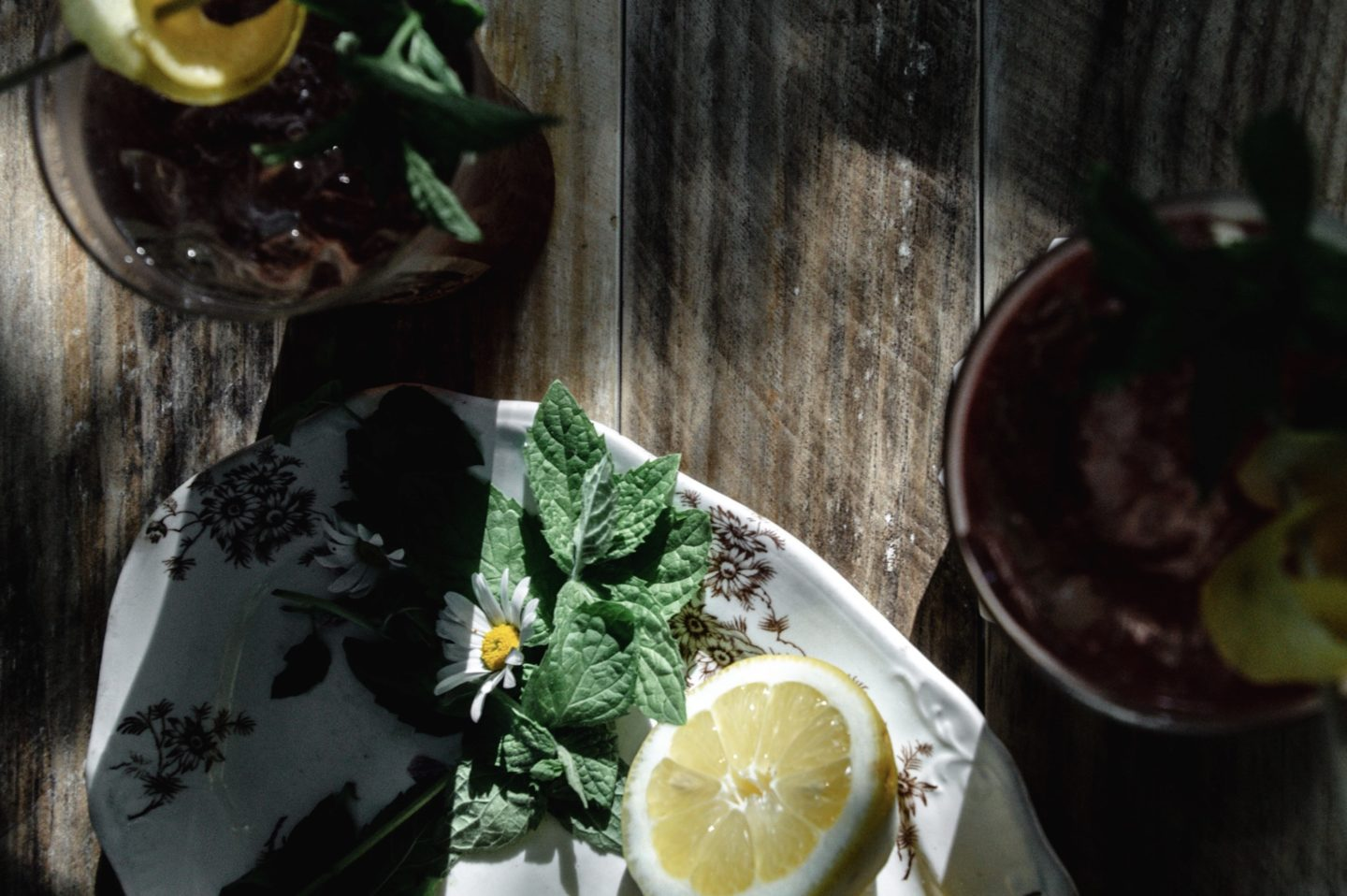 how to make raspberry lemonade iced tea concentrate for sparkling iced tea. A recipe.